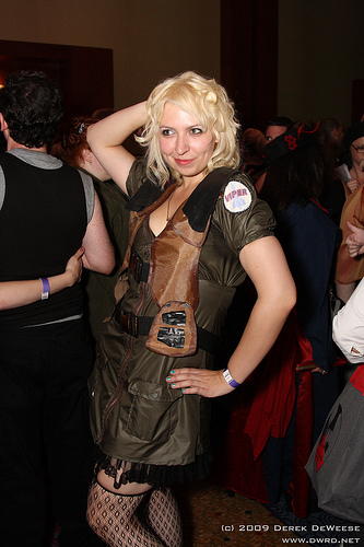 Cosplay Women of Dragon Con: Steampunk BSG Viper Babe