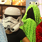 SDCC 2013: Cosplay: The Yip Yips with female Stormtrooper