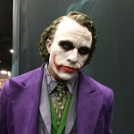 SDCC 2015 Preview Night Heath Ledger Joker Statue 02