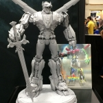 SDCC 2015 Preview Night Voltron Statue 02