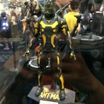 SDCC 2015 Preview Night Yellow Jacket Statue