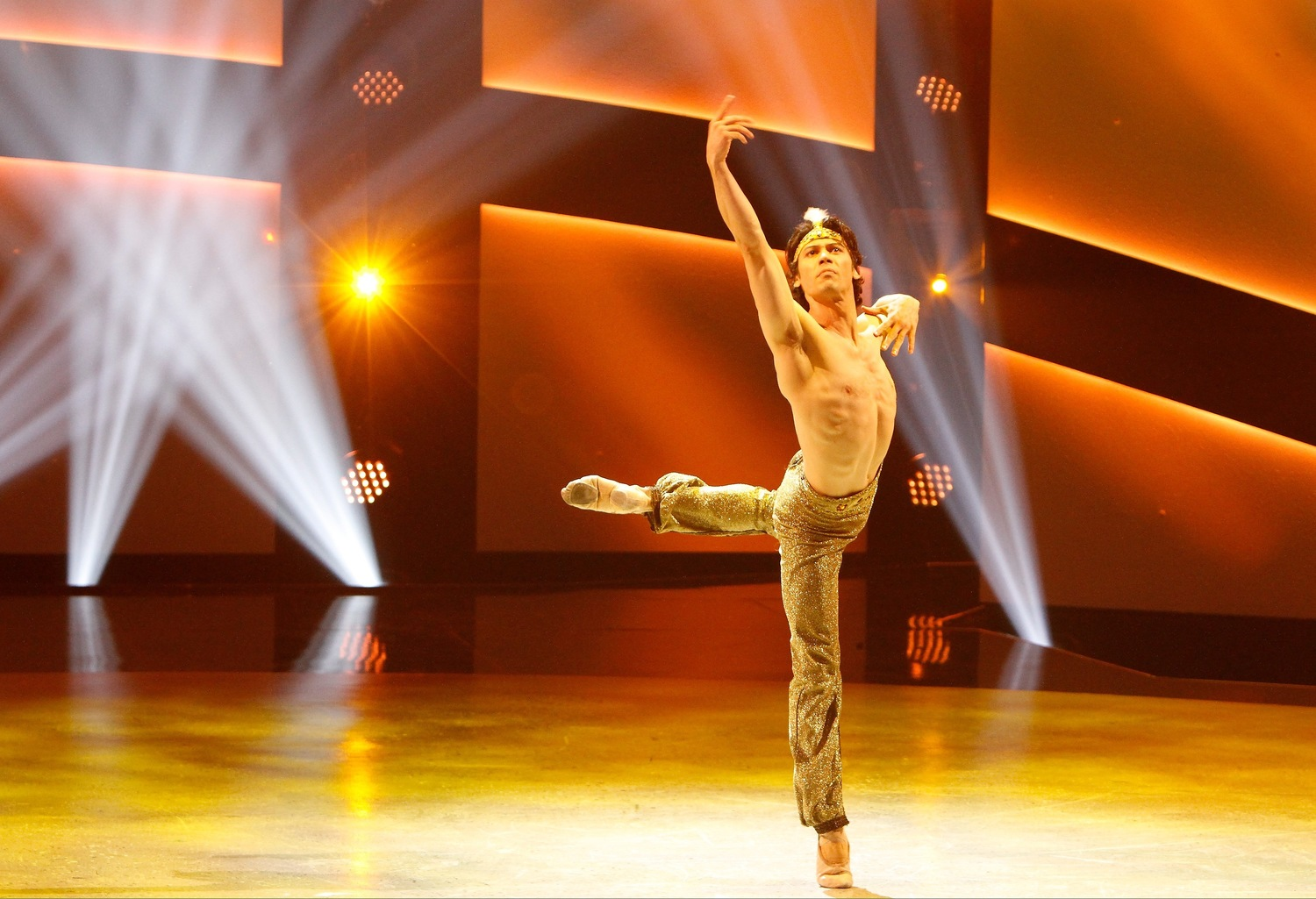 SYTYCD 12 Decade of Dance 01
