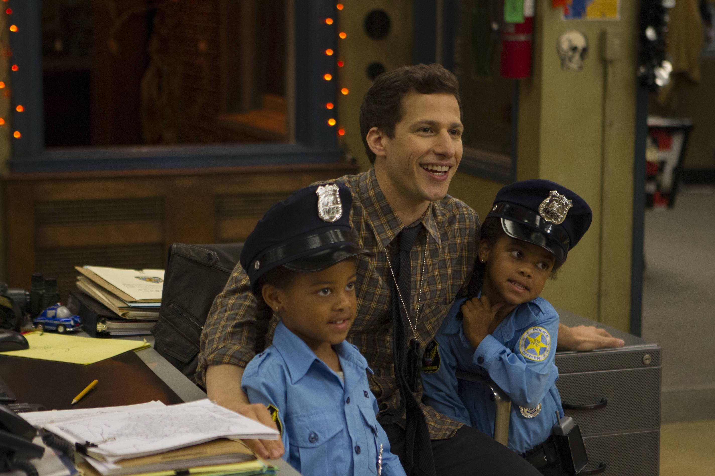 Brooklyn Nine-Nine 305-06