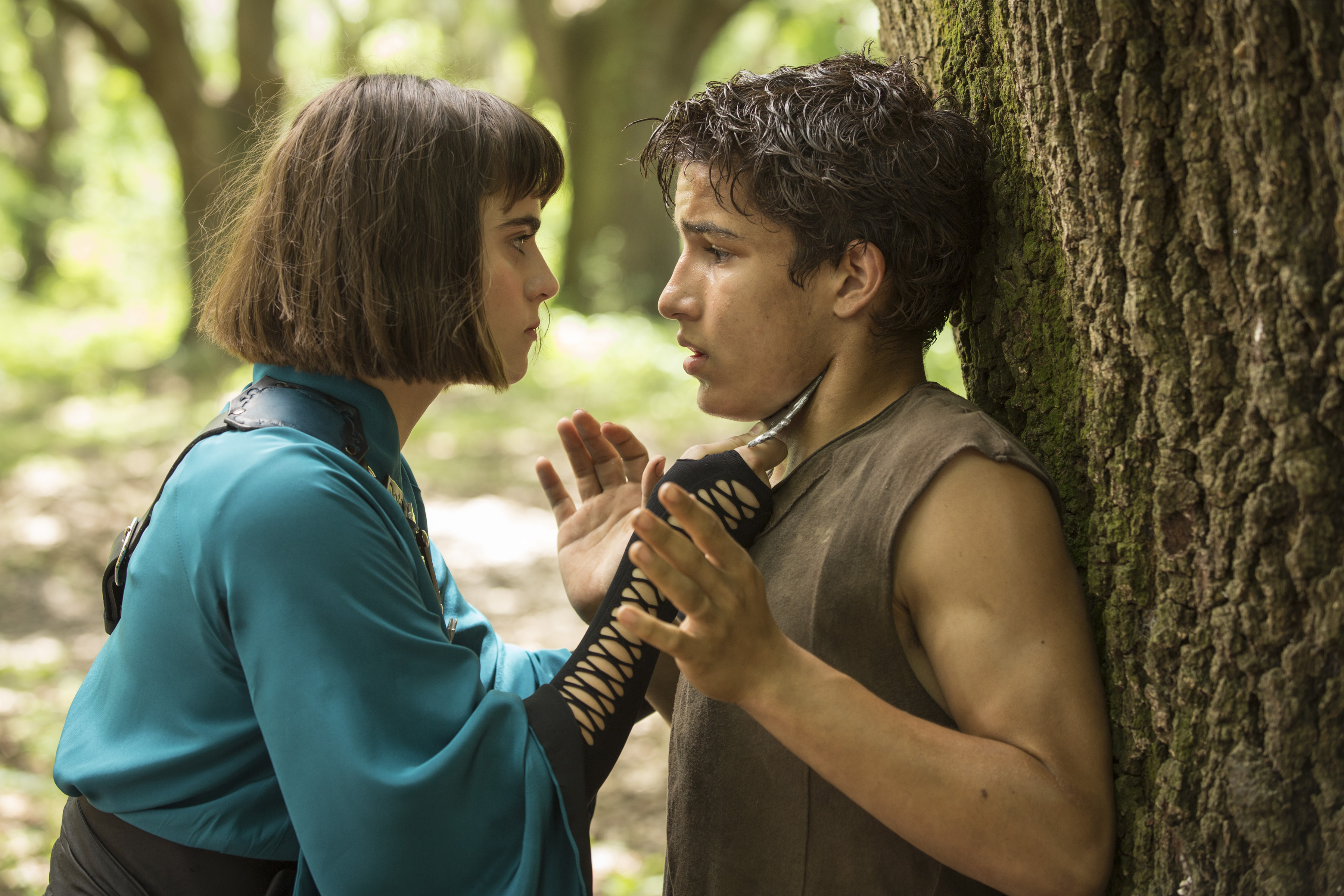 Ally Loannides as Tilda and Aramis Knight as M.K. - Into the Badlands