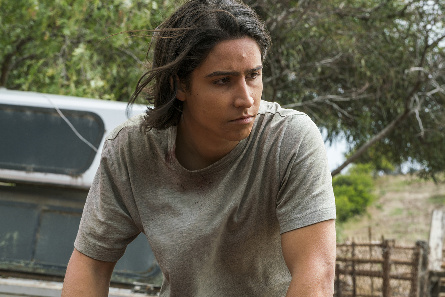 Lorenzo James Henrie as Chris Manawa - Fear the Walking Dead