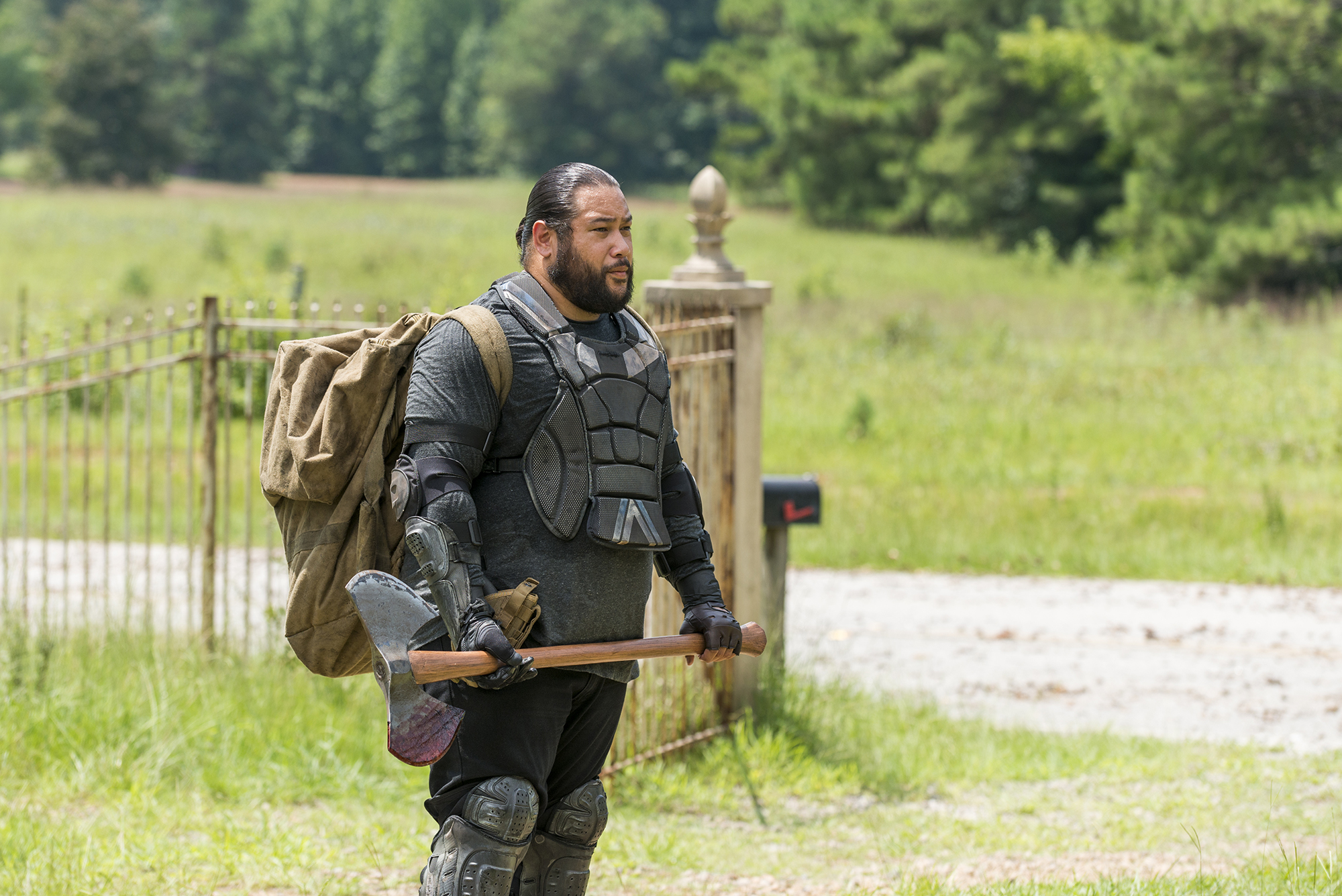 Cooper Andrews as Jerry - The Walking Dead, Season 7, Episode 10