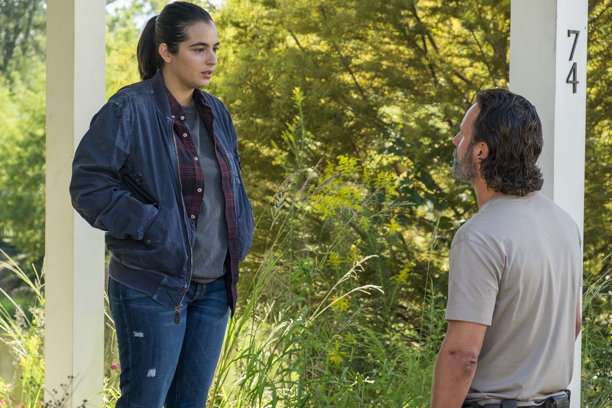 Alanna Masterson as Tara Chambler, Andrew Lincoln as Rick Grimes; - The Walking Dead, Season 7, Episode 12