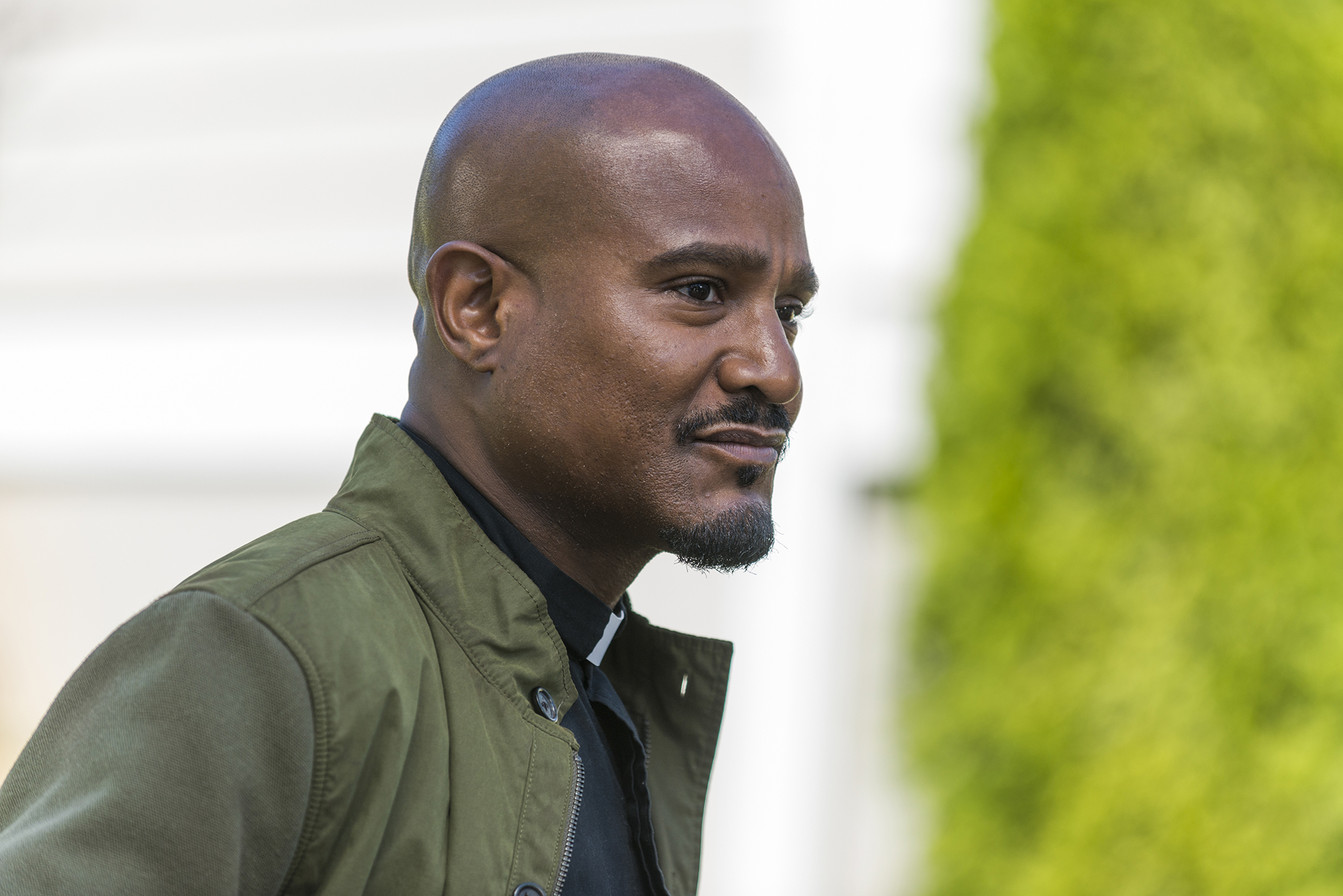 Seth Gilliam as Father Gabriel Stokes - The Walking Dead, Season 7, Episode 12