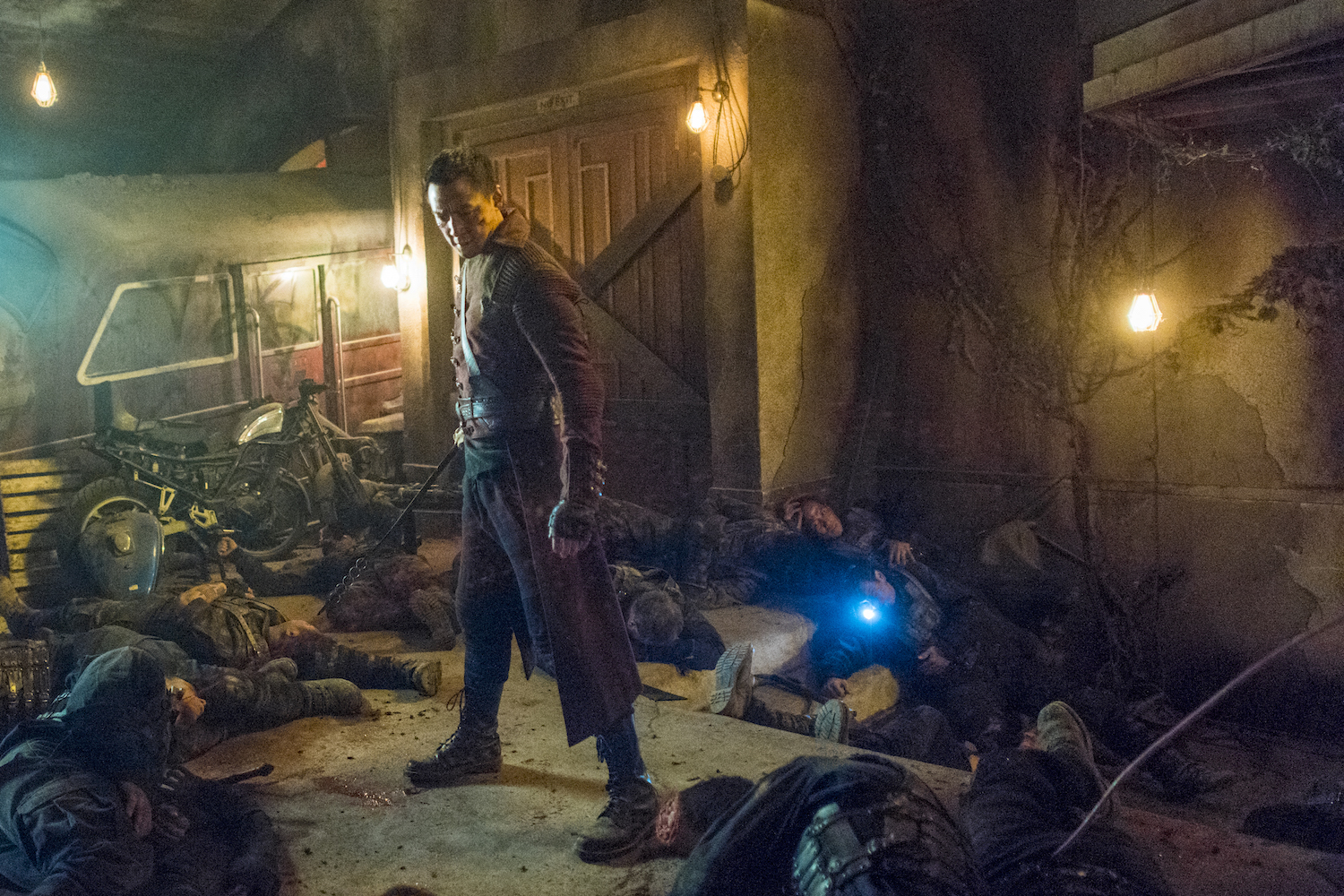 Into The Badlands 210-06